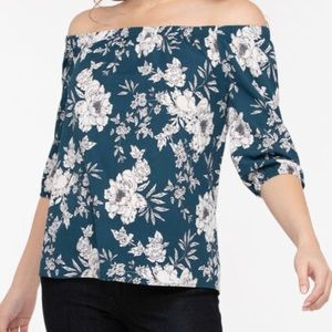 2/$40 NWT Ricki's On or Off The Shoulder Top